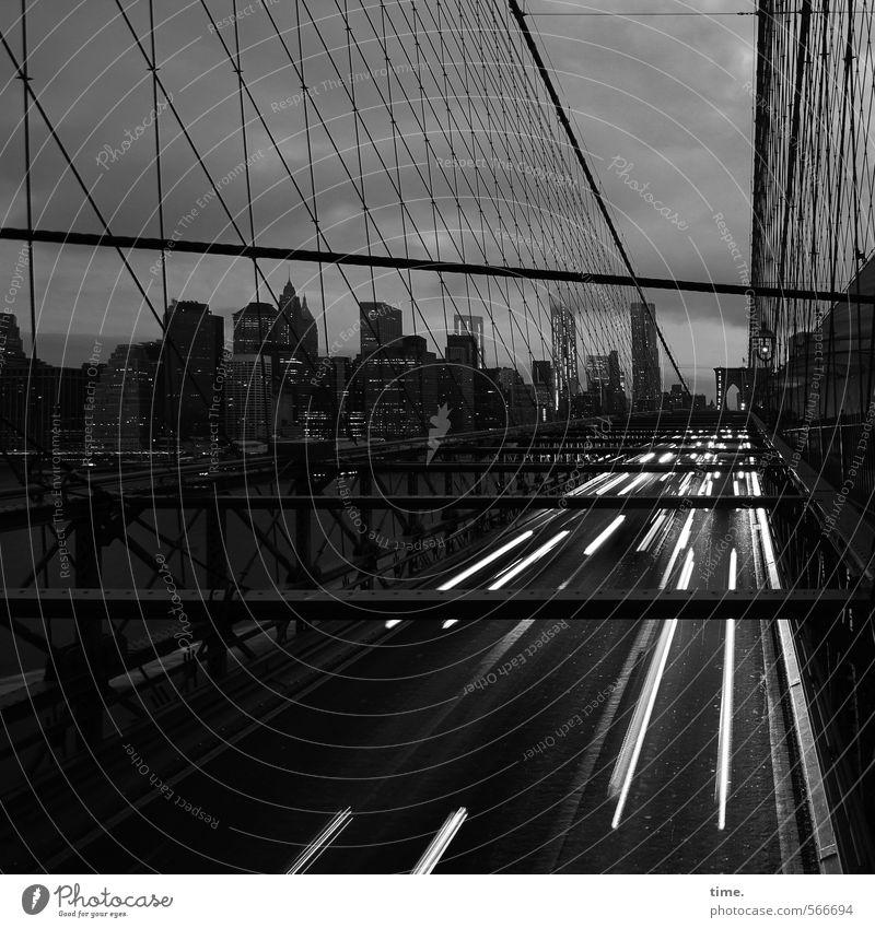 slow down. it's worth it. New York City Manhattan Brooklyn Bridge Verkehr Verkehrswege Personenverkehr Autofahren Straße Wege & Pfade Autobahn Brücke