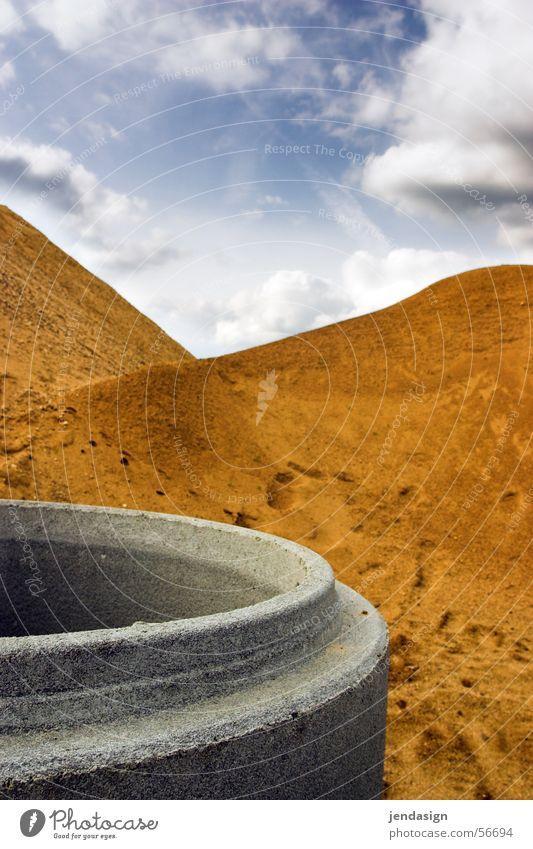 Baustellenlandschaft Himmel Berge u. Gebirge Sand Arbeit & Erwerbstätigkeit Beton Wüste Autobahn Kies
