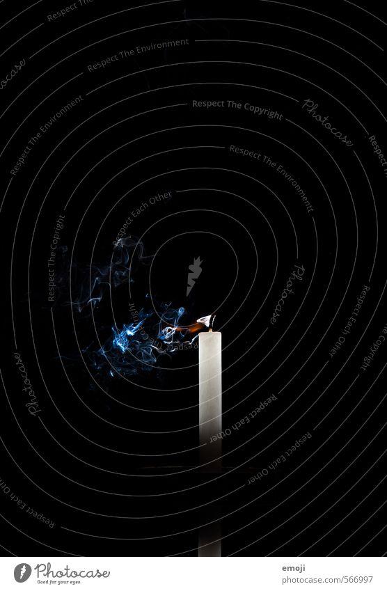 vorbei schwarz dunkel Dekoration & Verzierung Zeichen Trauer Kitsch Kerze Abgas Hoffnungslosigkeit Krimskrams Sinnbild