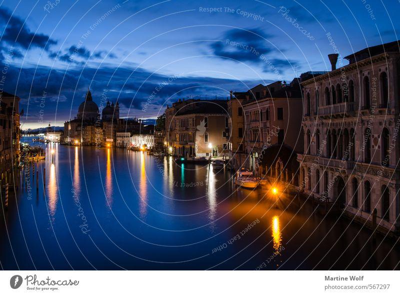 blue Venice Venedig Italien Europa Dorf Stadt Menschenleer Haus Ferien & Urlaub & Reisen Academia-Brücke Canal Grande aufwachen Dämmerung Farbfoto Außenaufnahme