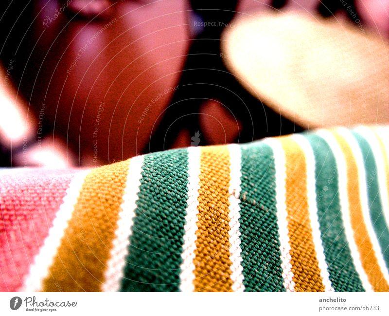 Ocean of Stripes Tasche Stofftasche Bekleidung Accessoire Hintergrundbild rot gelb grün weiß mehrfarbig Streifen gestreift Makroaufnahme ruhig Gelassenheit