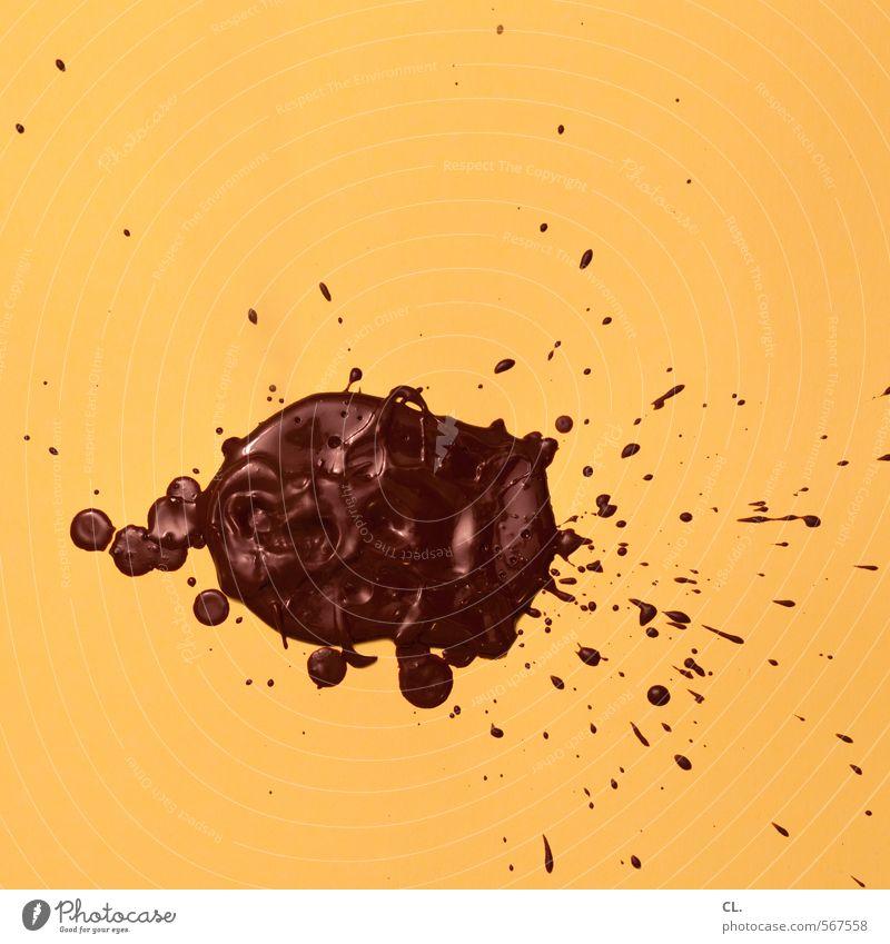 verschwendung gelb Essen braun Lebensmittel Ernährung genießen süß Kreativität Süßwaren lecker Schokolade spritzen Dessert komplex Missgeschick verschwenden