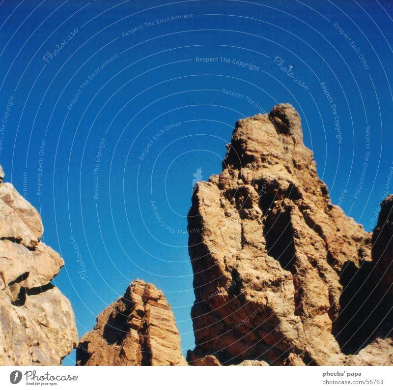 mondlandschaft #2 Himmel blau Berge u. Gebirge braun Felsen Vulkan Farbverlauf Teneriffa