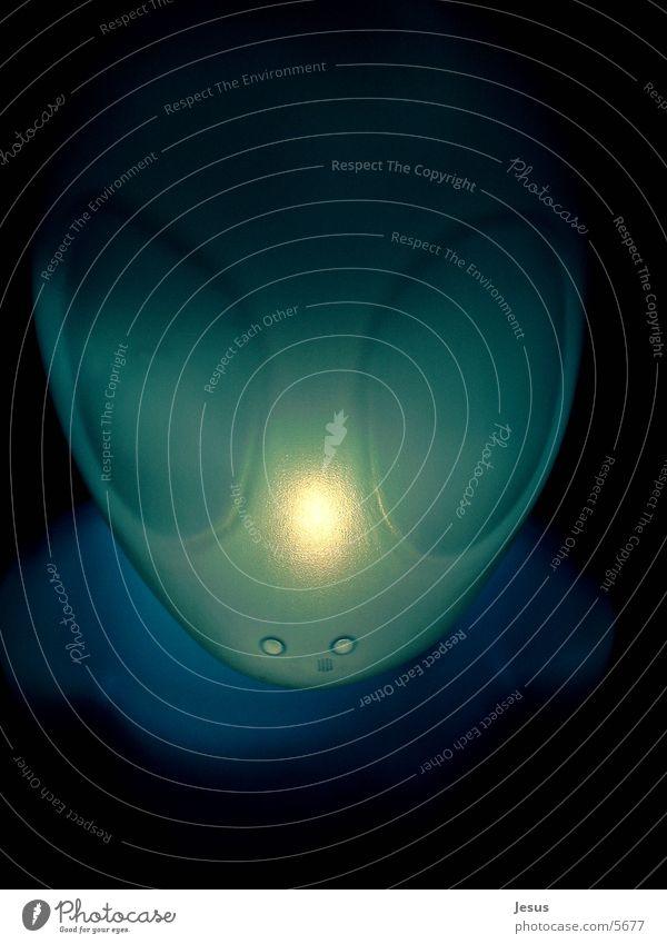 the landing Mensch blau UFO außerirdisch