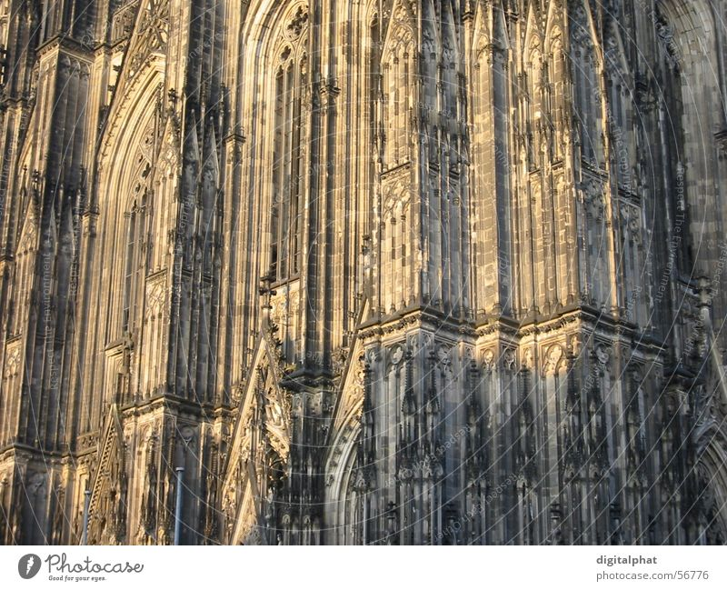 Kölner Dom Gotik Licht Mauer Wand Religion & Glaube close Schatten Deutschland Stein cathedral church light shadow stone Architektur