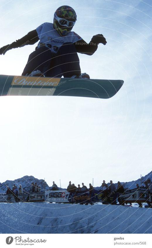 pipe05 Winter Berge u. Gebirge Schnee Sport springen hoch Coolness Alpen Publikum Sportveranstaltung Snowboard Freestyle talentiert Halfpipe Schutzhelm Snowboarding