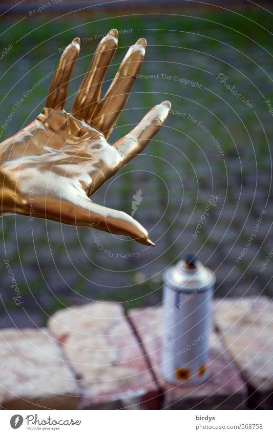 Goldfingers Hand Erotik Farbstoff Stil gold glänzend elegant Lifestyle Design Dekoration & Verzierung frisch ästhetisch Finger Wandel & Veränderung Kreativität