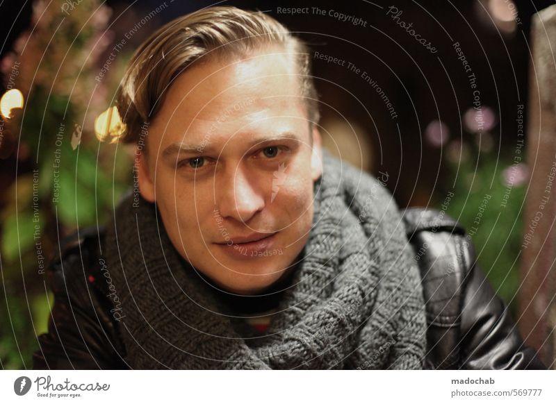 Portrait junger Mann Blickkontakt Lifestyle Stil schön Mensch maskulin Junger Mann Jugendliche Erwachsene Gesicht Auge 1 18-30 Jahre 30-45 Jahre Mode Schal