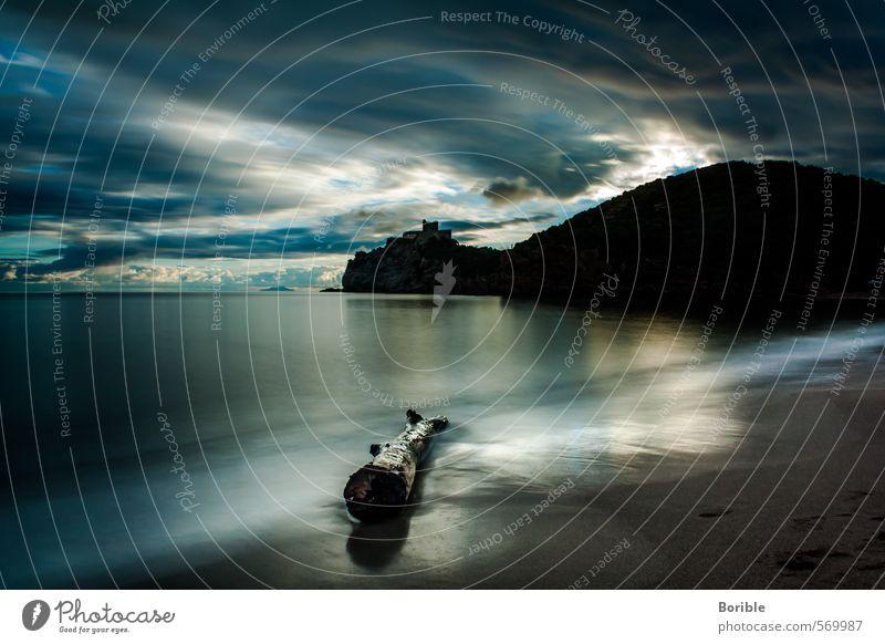 In der Ruhe liegt die Kraft exotisch Ferien & Urlaub & Reisen Strand Meer Sand Wasser Wolken Küste Erholung träumen schön blau Freude Zufriedenheit Vorsicht