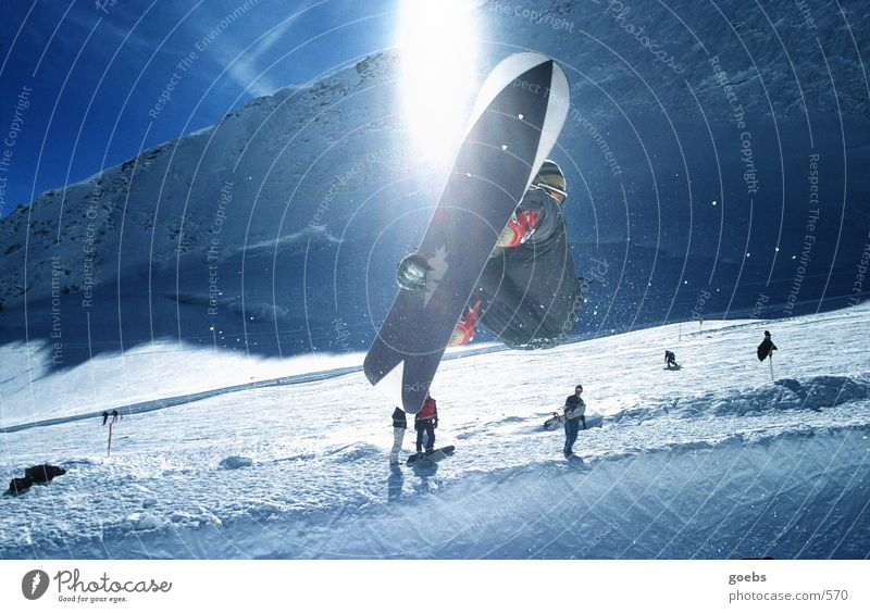 Pipe04 Winter Berge u. Gebirge Schnee Sport fliegen springen hoch berühren Körperhaltung Alpen sportlich Publikum Skigebiet Snowboard talentiert Trick