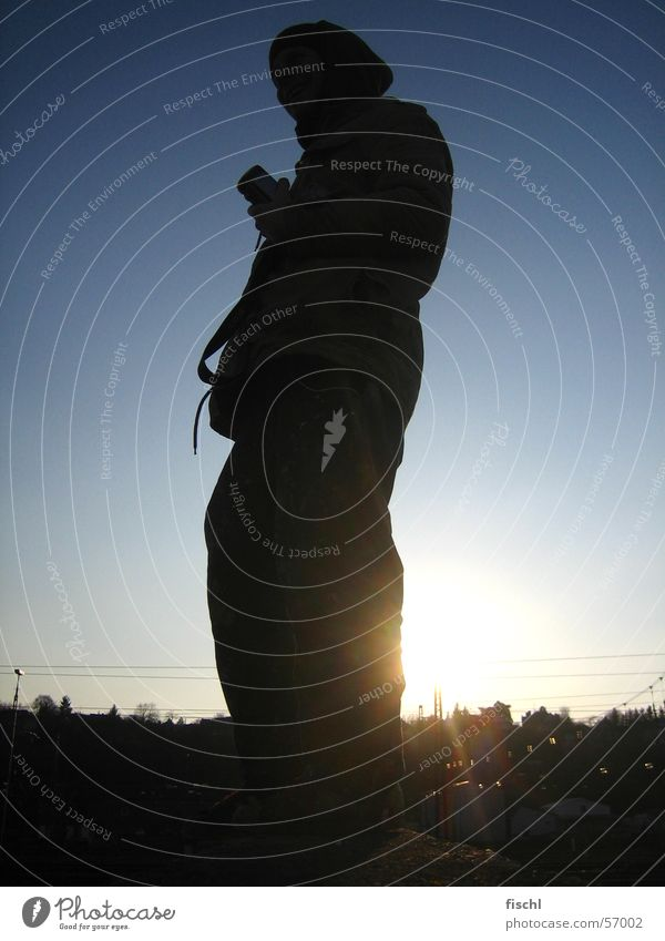Sonntags warten Suche Fotograf finden Blende Abendsonne Spiegelreflexkamera