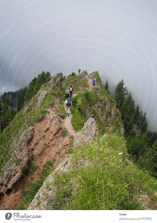 Gratwanderung Sommer Ferien & Urlaub & Reisen Berge u. Gebirge wandern Alpen Bayern Risiko Allgäu Bergkamm Kamm Immenstadt Hindelang Sonthofen