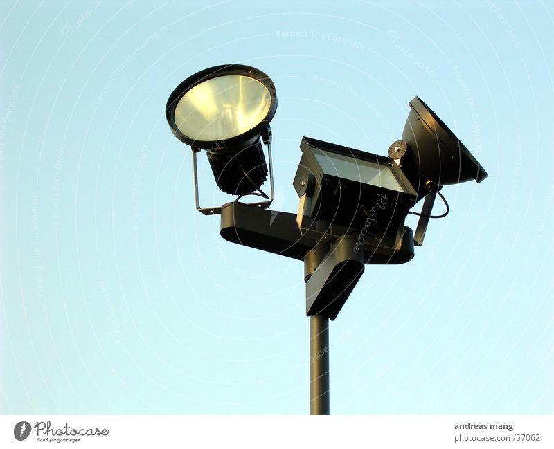 Scheinwerfer II Lampe Licht Himmel Beleuchtung lamp light sky