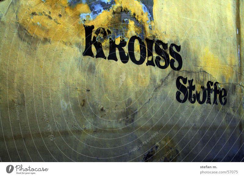 spuren der zeit alt Wand Spuren Schimmelpilze Pilz