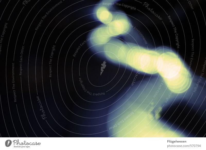 Lichterscheinung Raumfahrt verblüht gelb Unschärfe Schwache Tiefenschärfe Lichtschein Lichtspiel Lichterkette Lichtbrechung Lichtpunkt Lichtstrahl Lichteinfall