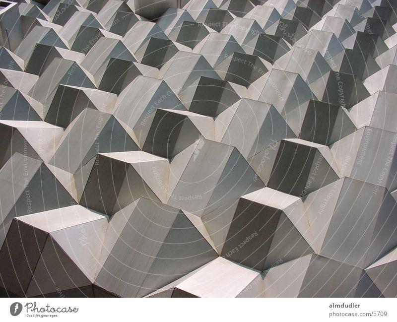 dresdener kaufhaus Fassade Dresden Beton grau Architektur
