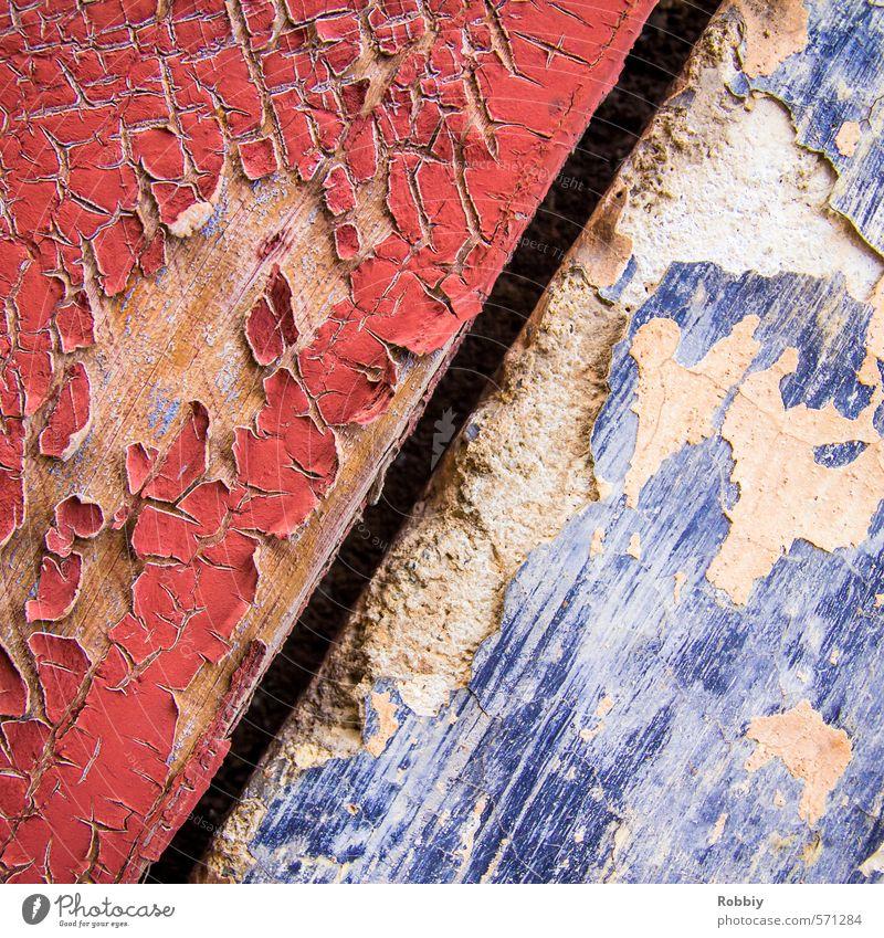 Heißkaltfront blau Stadt Wasser Farbe rot Wand Farbstoff Bewegung Mauer Holz Stein Fassade trist kaputt