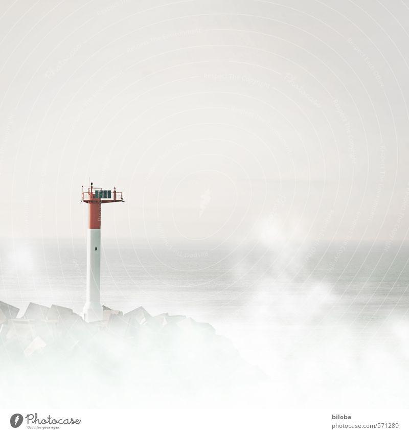 Neblig Himmel weiß Wasser Meer rot Küste grau Nebel fahren Hafen Schifffahrt Nordsee Frankreich Leuchtturm schlechtes Wetter