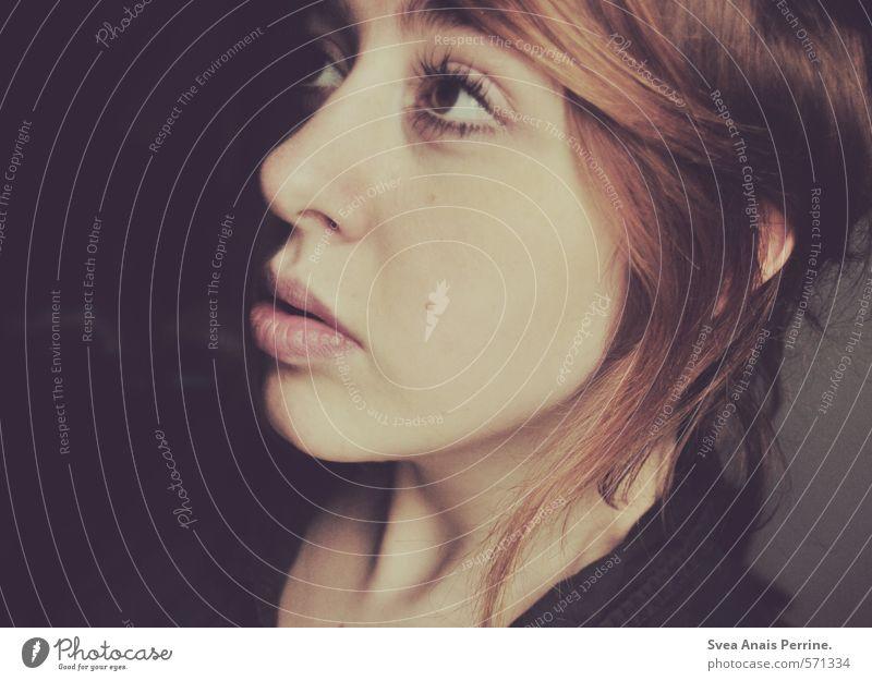 lilalippen! feminin Junge Frau Jugendliche Kopf Haare & Frisuren Gesicht Mund Lippen 1 Mensch 18-30 Jahre Erwachsene rothaarig Zopf träumen Fernweh Einsamkeit