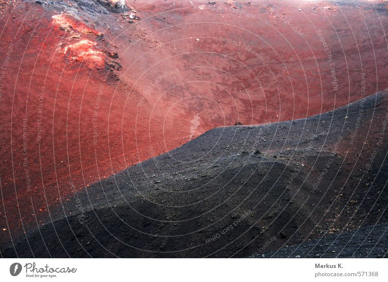 Feuerberg Berge u. Gebirge Natur Landschaft Urelemente Erde Wärme Vulkan Eldfell Insel Heimaey bedrohlich dunkel exotisch rot schwarz Schüchternheit Respekt