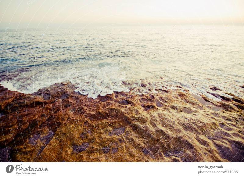 Meer Natur Ferien & Urlaub & Reisen Sommer Sonne Landschaft Strand Ferne Umwelt Leben Freiheit Felsen Stimmung Freizeit & Hobby Wellen Klima