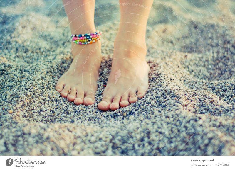 Sand unter den Füßen Mensch Kind Natur Ferien & Urlaub & Reisen Jugendliche Sommer Sonne Meer Junge Frau Mädchen Strand Ferne 18-30 Jahre Erwachsene Umwelt
