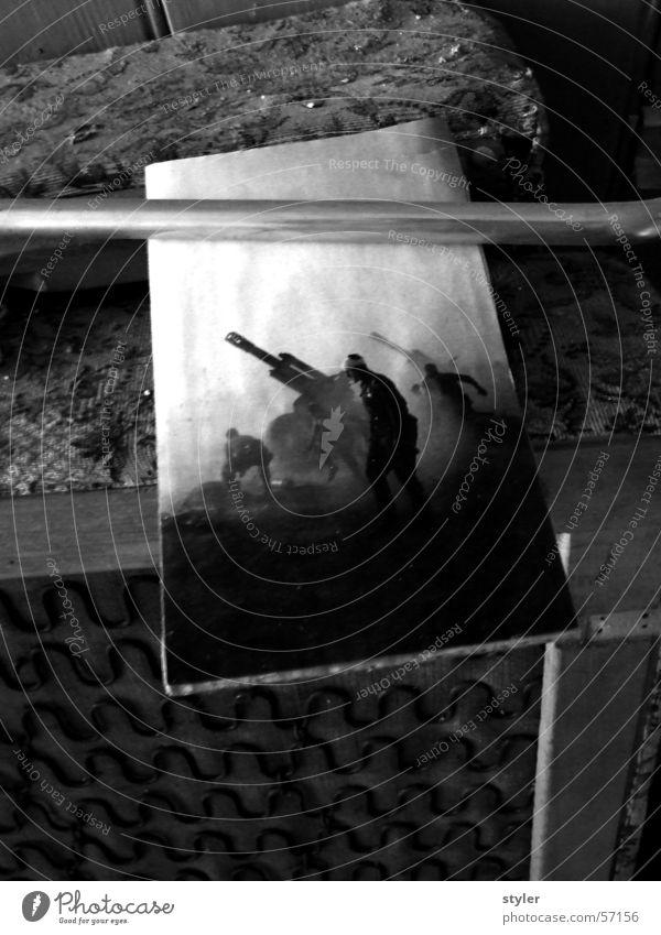Krieg Soldat Angriff gepanzert Kriegsschauplatz Schlacht