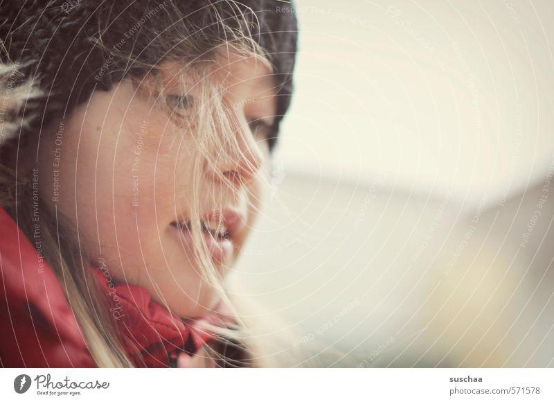 mützenträgerin feminin Kind Mädchen Körper Haut Kopf Haare & Frisuren Gesicht Auge Nase Mund Lippen 1 Mensch 8-13 Jahre Kindheit Zufriedenheit Mütze