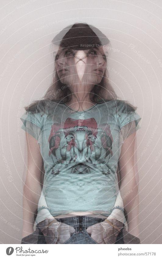 shadow II Frau Mensch Jeanshose T-Shirt Geister u. Gespenster Doppelbelichtung Verlauf Bekleidung