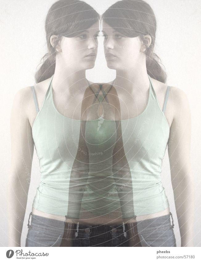 shadow IV Frau Mensch Jeanshose T-Shirt Geister u. Gespenster Doppelbelichtung Verlauf Erscheinung