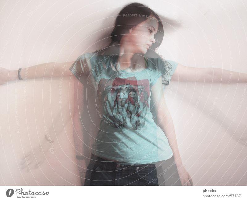 shadow VI Frau Mensch Jeanshose T-Shirt Geister u. Gespenster Verlauf