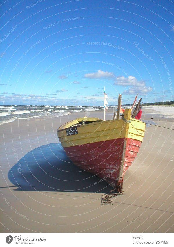 Ostseeküste Strand Wasserfahrzeug Polen September