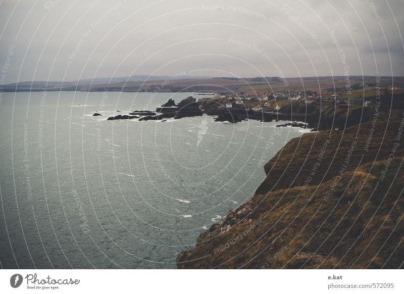 //Schottland_2 Ferien & Urlaub & Reisen Abenteuer Ferne Strand Meer Umwelt Natur Landschaft Wasser Himmel Berge u. Gebirge Küste Bucht Fjord Nordsee Europa Dorf