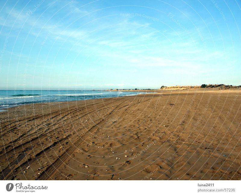 Morgen am Meer Strand Wolken Muschel Küste Wellen Brandung See Wasser Sand Himmel blau Spuren Spaziergang