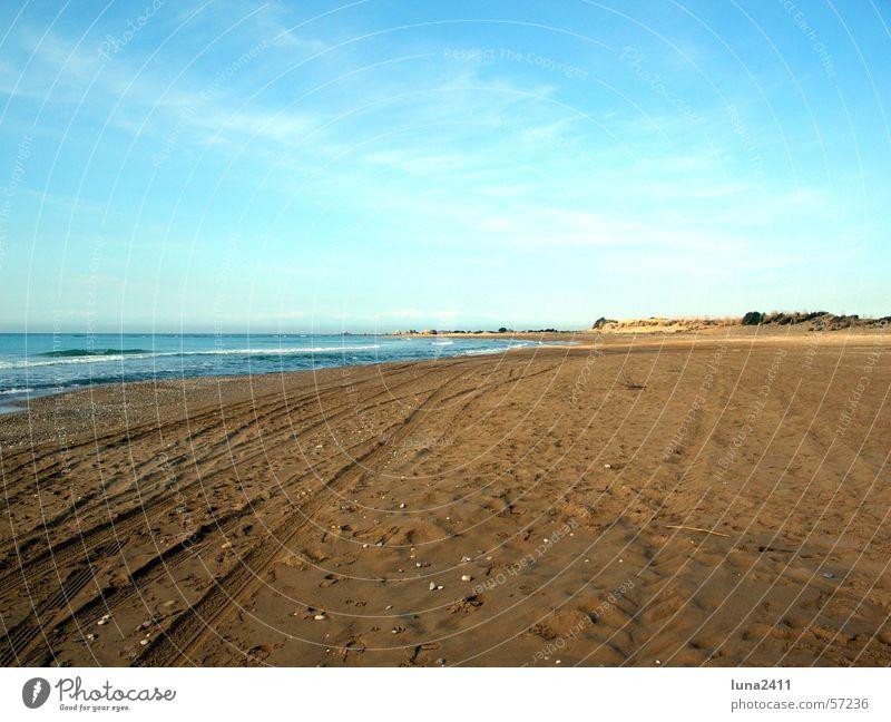Morgen am Meer Wasser Himmel blau Strand Wolken See Sand Wellen Küste Spaziergang Spuren Muschel Brandung