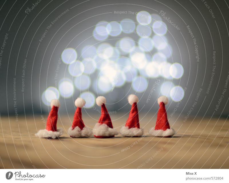 5 kleine Klausis Weihnachten & Advent Gefühle lustig Holz klein Kopf Menschengruppe Stimmung Familie & Verwandtschaft glänzend Kindheit leuchten Dekoration & Verzierung Spitze niedlich Punkt