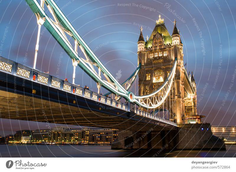 London Tower Brücke bei Sonnenuntergang Tourismus Himmel Fluss Stadt Architektur Denkmal Stein alt hell historisch blau Tradition Turm Großbritannien England