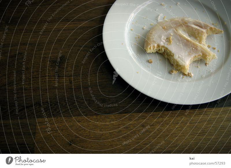 Zuckerschlecken 2 süß Kuchen lecker Teller Zucker Backwaren Krümel Schweineohr Tellerrand Fotoserie