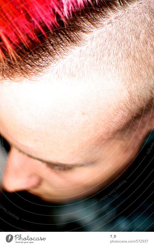 Punk is not dead Mensch Kind Jugendliche Mann Stadt schön Junger Mann Gesicht Erwachsene Leben Haare & Frisuren Stil Kopf maskulin Haut Lifestyle