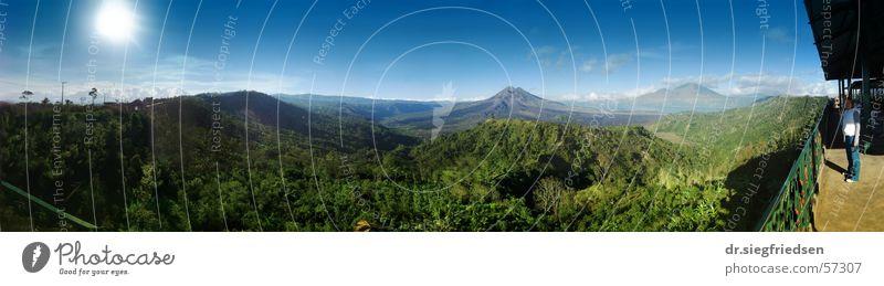 Caldera of Mount Batur, Bali Panorama (Aussicht) Kraterrand crater sun indonesia mountain rim groß Panorama (Bildformat)