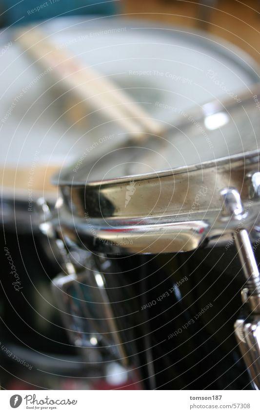 drums1 Freude Musik Werkstatt laut Schlagzeug Trommel Musikinstrument herzbewegend