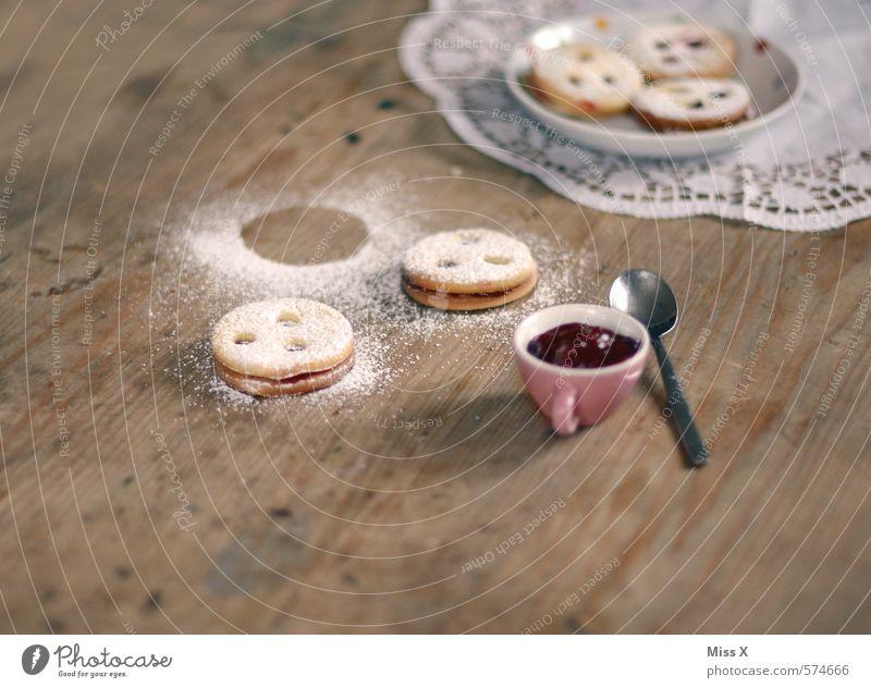 Spitzbuben Weihnachten & Advent Lebensmittel Ernährung süß Kochen & Garen & Backen Süßwaren lecker Teller Backwaren Teigwaren Plätzchen verschönern Löffel