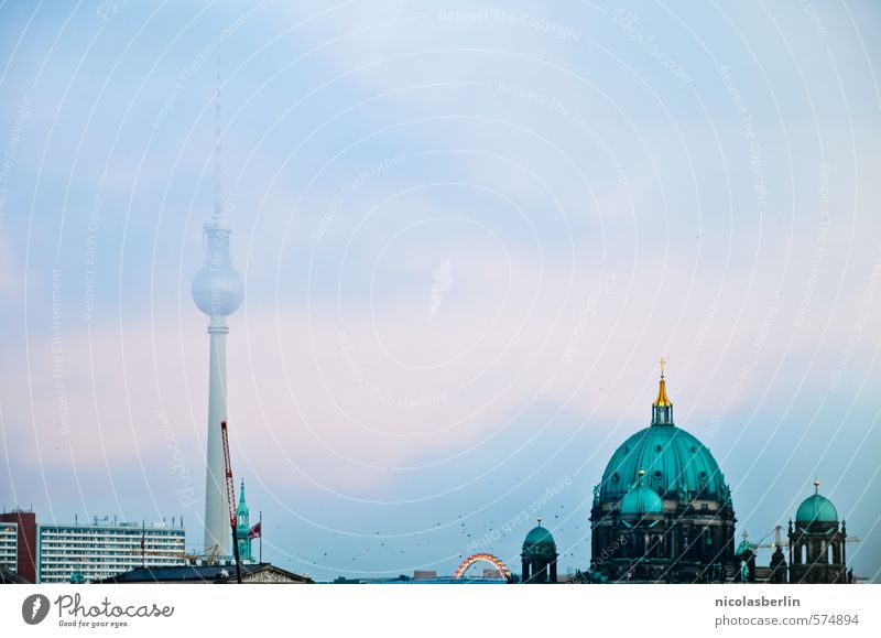 und dein Mund ist viel zu groß, Ferien & Urlaub & Reisen Weihnachten & Advent Wolken Ferne Architektur Berlin Tourismus Nebel frei Ausflug Kirche Abenteuer Unendlichkeit historisch Bauwerk Glaube