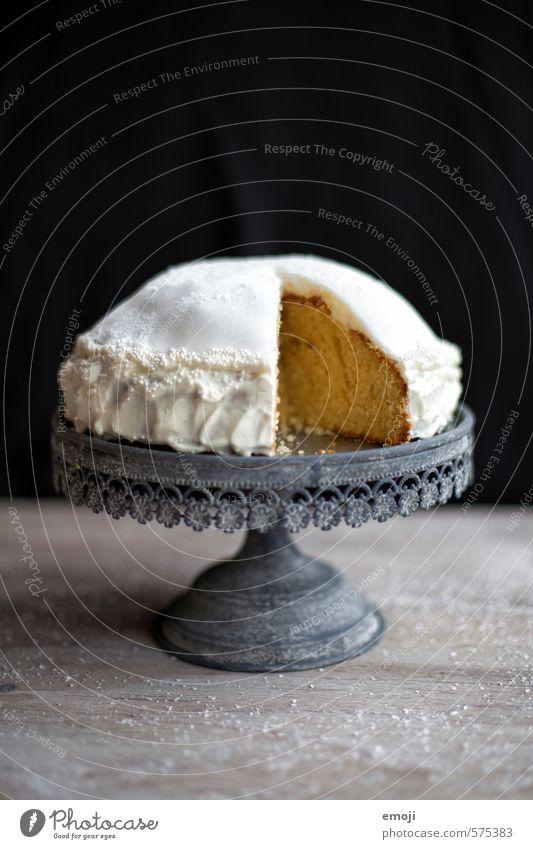 Torte | Leckeres Milcherzeugnisse Kuchen Dessert Süßwaren Ernährung Büffet Brunch lecker süß Tortenplatte Kalorienreich Farbfoto Innenaufnahme Studioaufnahme