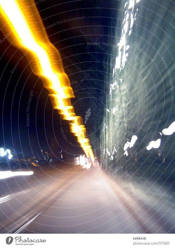 flash Licht Geschwindigkeit dunkel Gleise Schatten Brücke frieren fast Linie PKW car light dark