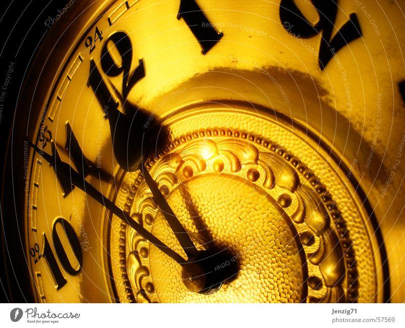 5 vor 12 gold Zeit Uhr Ziffern & Zahlen Uhrenzeiger Zifferblatt