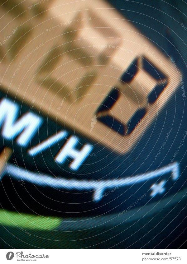 null speed grün schwarz PKW orange rennen Geschwindigkeit leer Ziffern & Zahlen Anzeige Tachometer Kilometer pro Stunde