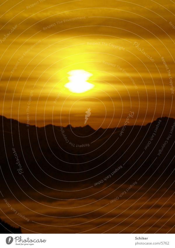 Sonnenuntergang Sonne Wolken Schnee Berge u. Gebirge Österreich Sonnenuntergang Sport