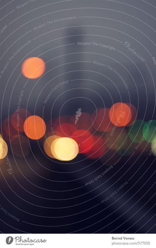 Lichter der Kleinstadt III blau schön schwarz gelb Straße grau orange Verkehr Kreis rund Freundlichkeit Straßenbeleuchtung Scheinwerfer Stadtrand Oberleitung