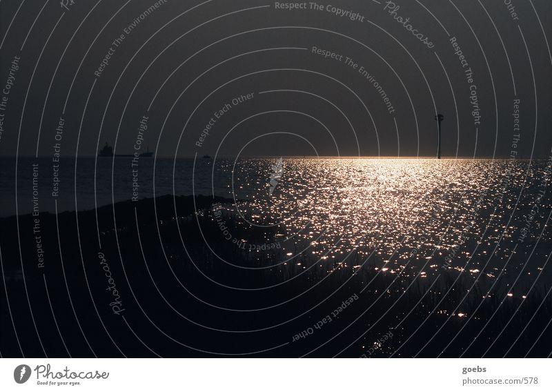 abendstmmung an der nordsee Meer Wasserfahrzeug Sonnenuntergang Strand Deich Nordsee